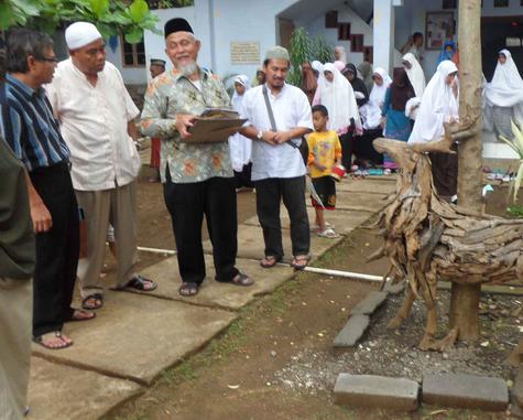 PT LNG Badak Bontang Kaltim Kunjungi PP Al Hikmah